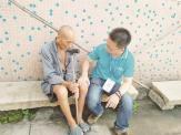 佛山驻村社工何新灿:每月跑遍26个经济社探访老人