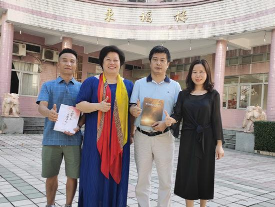 李建辉博士:奉献提升自我的方法