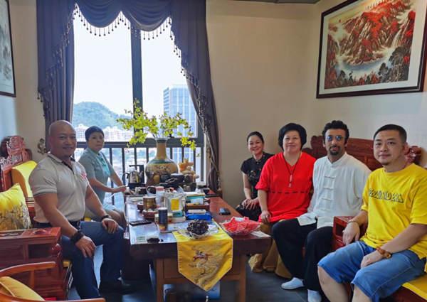 中外武术养生文化公益交流在广州番禺万达举行