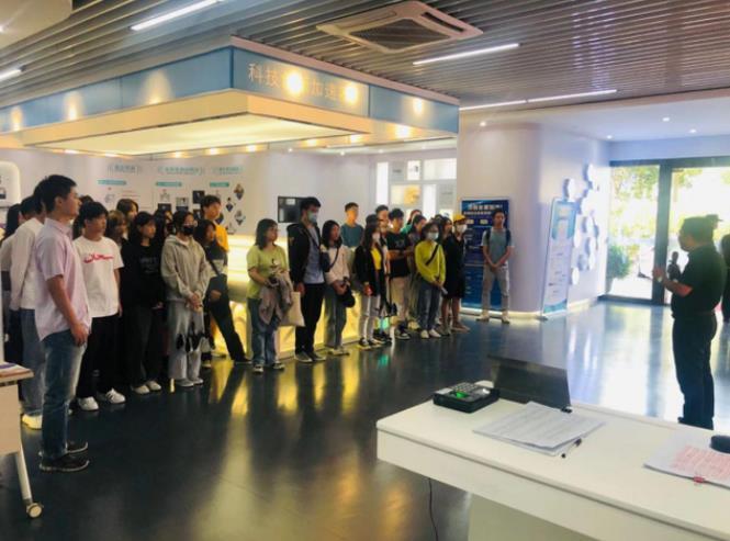 广东科学技术职业学院2020大学生广东珠海公共创业实训(孵化)基地体验之旅