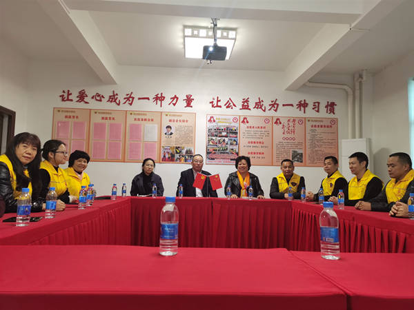 国际信息组织到大埔万川千红农村产业融合基地等地参观交流