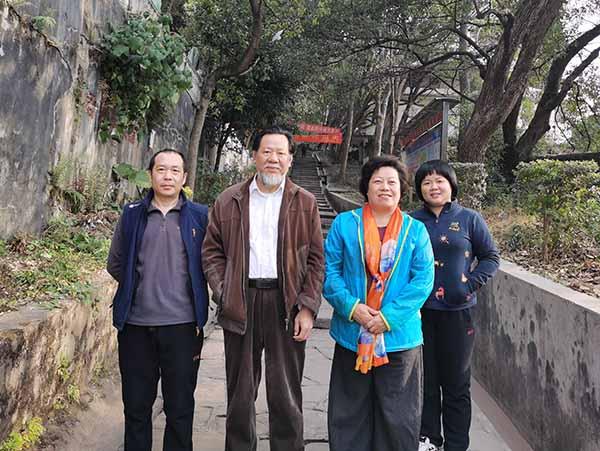 广东金鸡岭谈弘扬中国优秀传统鸡文化象征意义