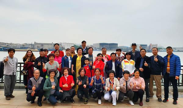 《剑庐金风》新书发布暨养生公益讲座在广州博爱轩举行