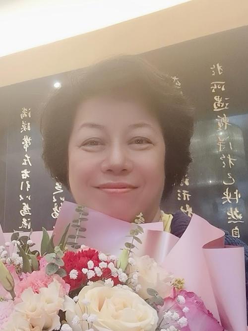 李建辉博士荣获第15届2020(国际爱心奖)终选入围奖